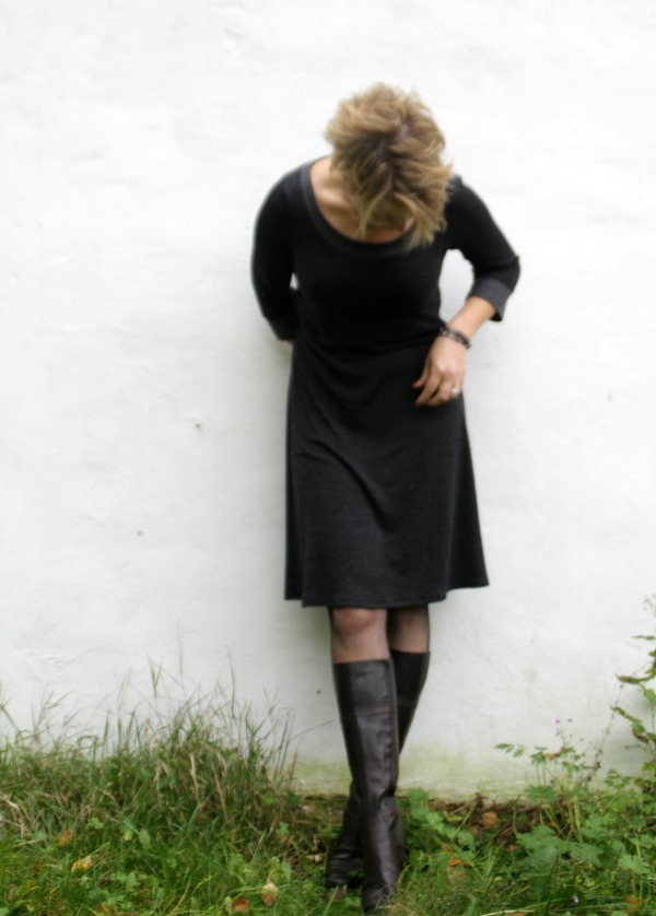 Audrey knit dress pattern – different looks for everyday wear!