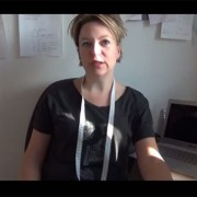 A video aout sewing with knits - the neckline