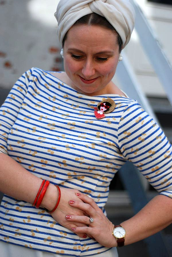 It's all in the fabric (and styling): Sew a Vintage-y Annika