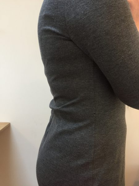A curved back with a straight centre-back